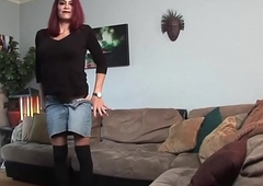 Grown-up tranny dickblowing on say no to knees