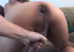 Tattooed chubby tranny fingers herself