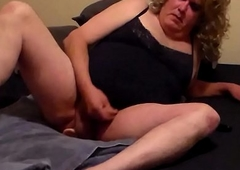 light-complexioned crossdresser anal sex with dildo plus jizzing