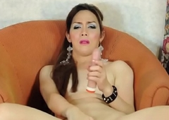 Mature asian tranny tugs on say no to dong