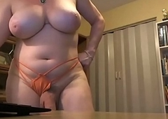 Prex Hung Shemale Jerking on Livecam