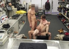 Tranny gives straight a tugjob gay full length Being that this guy needed