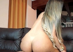 Melany Vilhena Cumshot With Jizz-swapping Beauty